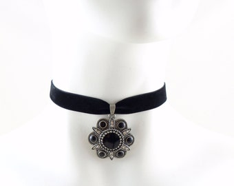 Black Medallion Pendant with Velvet Choker -  Pewter and Rhinestones - Women Gothic Jewelry - Gift, Necklace