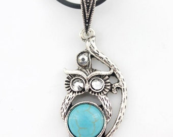 Silver-tone Turquoise Stone OWL NECKLACE