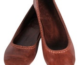 AISÉ. Leather flat shoes / leather ballet flats / brown leather shoes. Sizes: US 4-13, EUR 35-43. Available in different leather colors.