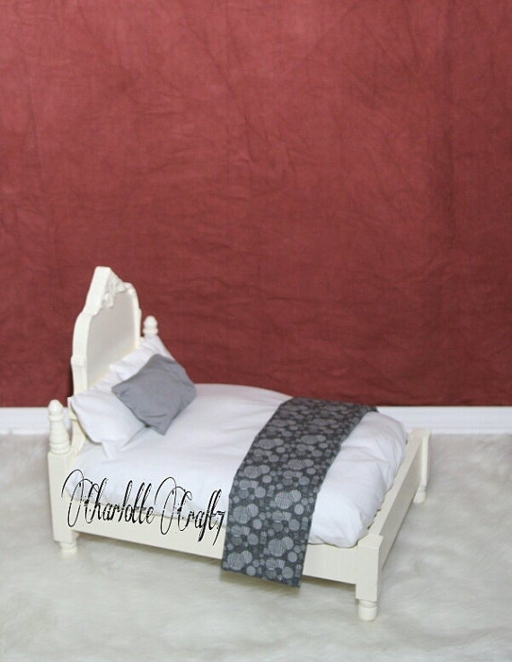 Sheet and Pillows Newborn Photography Bed Prop