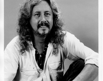 Arlo Guthrie Publicity Photo   8 by 10 Inches