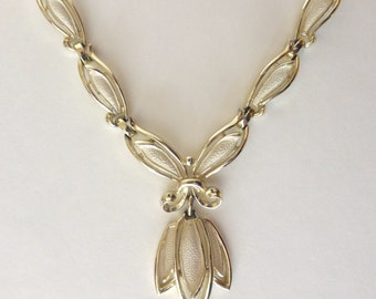 Vintage 1960's Floral Sarah Coventry Adjustable Gold Statement Collar Necklace