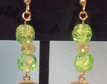 Gorgeous Green and Gold Dangle Earrings - E047