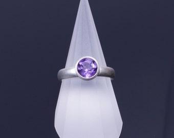 Medium Amethyst 7mm Round Bezel Sterling Silver Comfort Fit Ring
