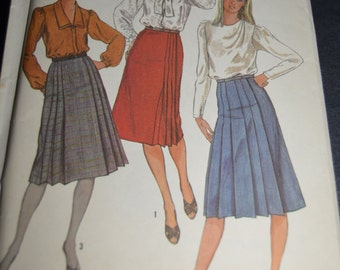 SImplicity 6698 Misses Front Wrap Skirts Sewing Pattern - UNCUT - Size 14