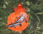 Christmas Dusty Ornament: like Planes