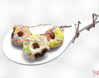 SALE - Rainbow Donuts Necklace, Colorful Donuts Jewelry, Mini Food Jewelry, Donut Polymer Clay Necklace, Foodie Gift,Rainbow Colors,Kawaii N