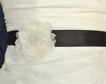 Wedding Belt, Wedding Sash, Bridal Belt, Bridal Sash, Wedding Dress Belt, Bridesmaid Belt, Flower Floral Dress Sash, Custom Color Sash