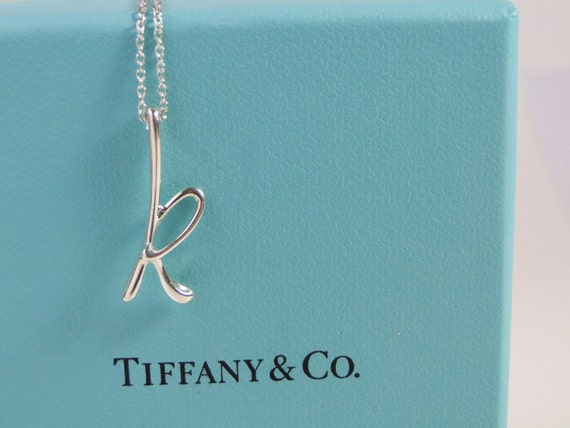 Tiffany co elsa peretti letter k alphabet pendant necklace for Elsa peretti letter pendant review