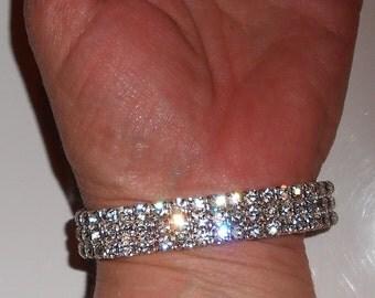 Vintage glass rhinestone bracelet, a vintage eye candy stretch bracelet preppy girly girl jewelry