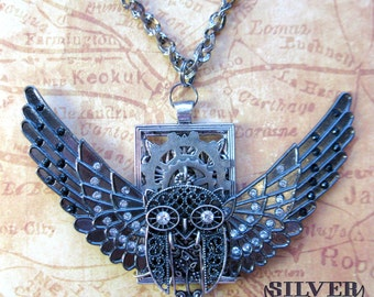 Steampunk Gunmetal Silver Flying Owl Pendant Necklace on Rectangular Frame