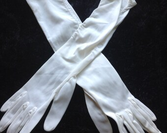 Vintage Ladies Gloves White  #2