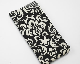Sunglasses Case, Eyeglasses Case, Glasses Case in Black and Cream Damask Fabric
