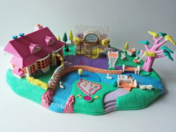 Sale Polly Pocket Magic Movin Pollyville Village
