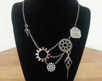Steampunk Necklace-002