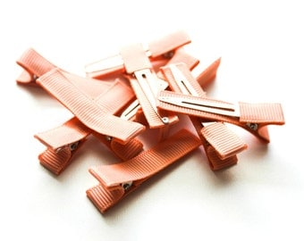 10 Partially Lined Clips - Peach