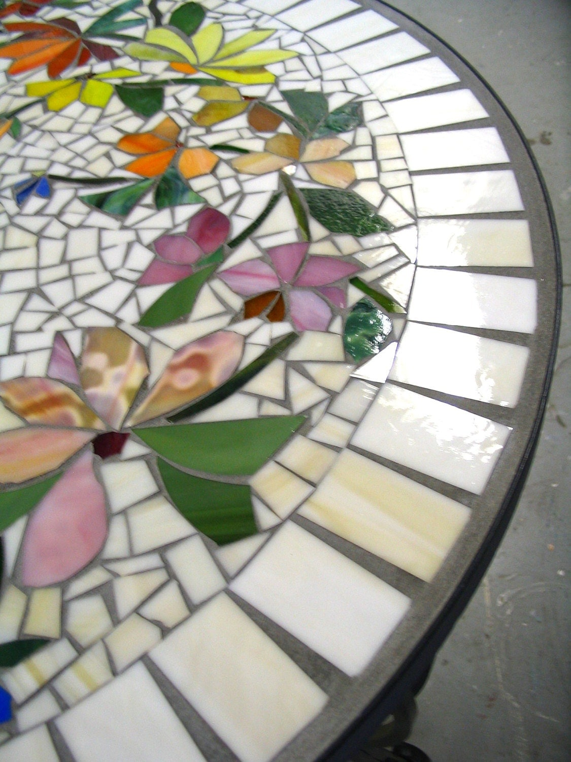 Mosaic Table Floral Pattern Custom Stained Glass Inlaid Iron