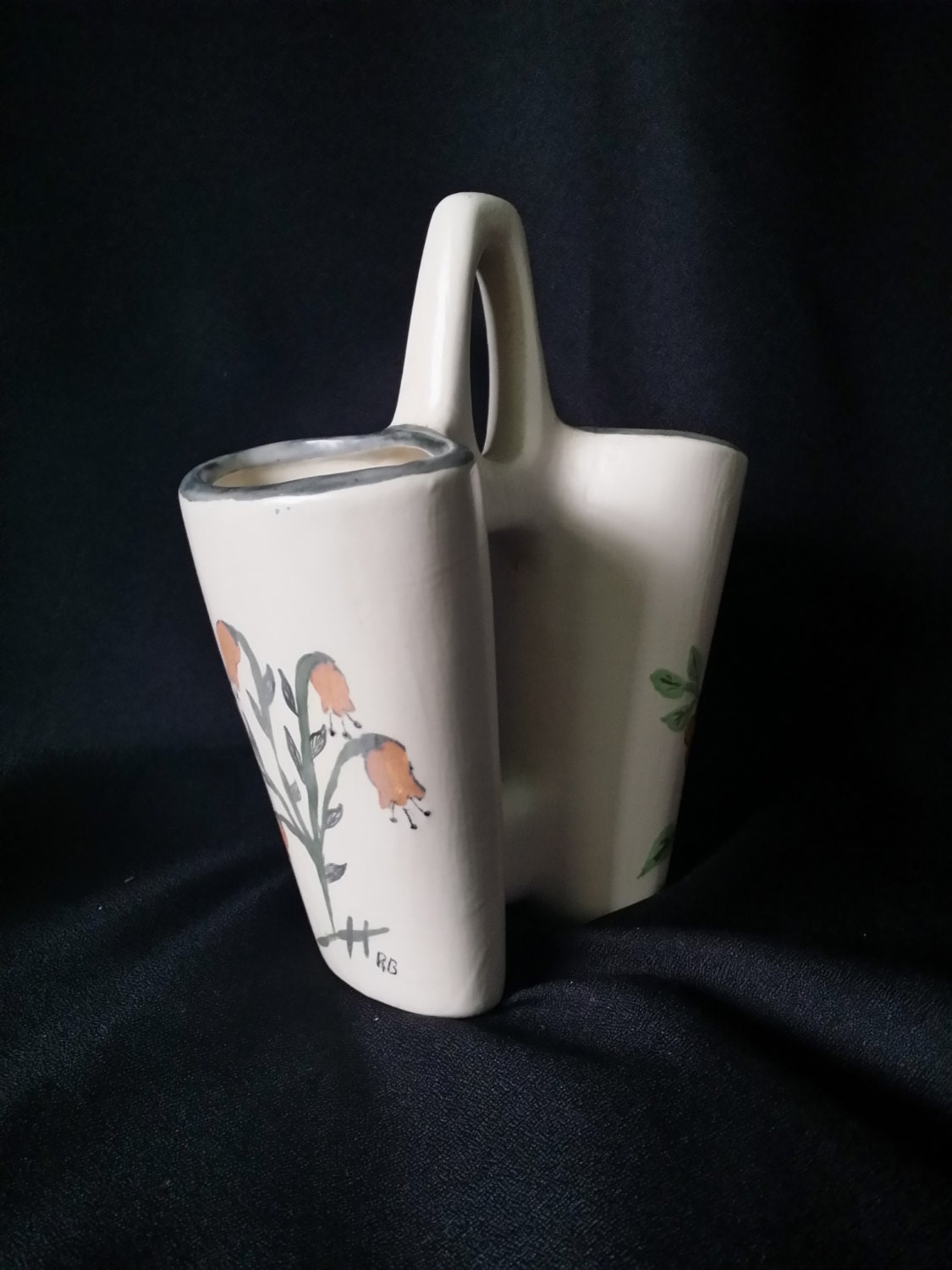 CLEARANCE Vintage Cottage Vase Chic White Ceramic Porcelain Desk Accessory Pe