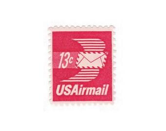 10 Unused Vintage Postage Stamps - 1973 13c Winged Airmail Envelope - Item No. C79