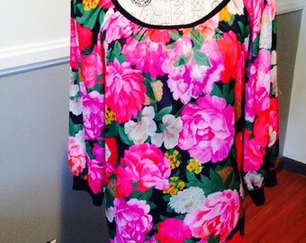 Vintage 70's Flowered Top Size XL