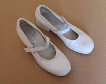 White  Leather Girl  Shoes Ivory Vintage Children  Ankle Strap Shoes