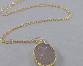 Ash Drusy,Gold Drusy Necklace,Gold Druzy Necklace,White Necklace,Grey Necklace,Grey Druzy,White Stone,Druzie,Druzy,Drusy