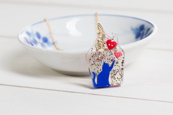 Blue Lover cat house necklace - 3D printed kitty in hand-cast bioresin glitter cat house