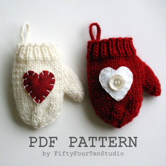 Knitting PATTERN / Christmas Decoration / Mini Mitten Ornament