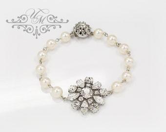 Wedding Jewelry Swarovski Pearl Bracelet Single strand Pearl Rhinestone Flower Bracelet Bridal Jewelry Bridesmaids jewelry - REANNA