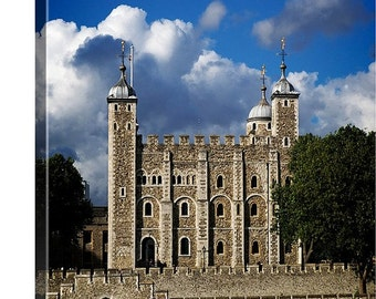 London Canvas Art, London Photo Canvas, Tower of London, Historical Locations, Travel Photography, Travel Canvas, British Landscape