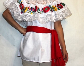 Gypsy Peasant Mexican embroidered Blouse Lace M-XL