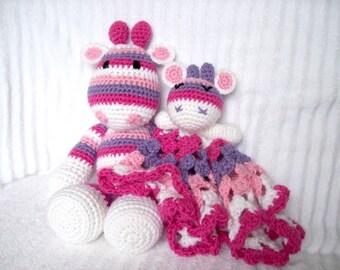 Crochet Giraffe Stuffed Animal Plush and Giraffe Baby Lovie Blanket, Baby Lovey Blanket, Baby Security Blanket, Crochet Animal Set, Gift Set