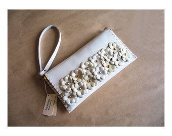 Bridal clutch with white leather flowers. Wedding bag. Bridesmaid clutch bag. Wedding clutch. Leather wristlet clutch.