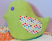 Chunky bird pillow pattern.  Fun, sweet addition to any home or bedroom!