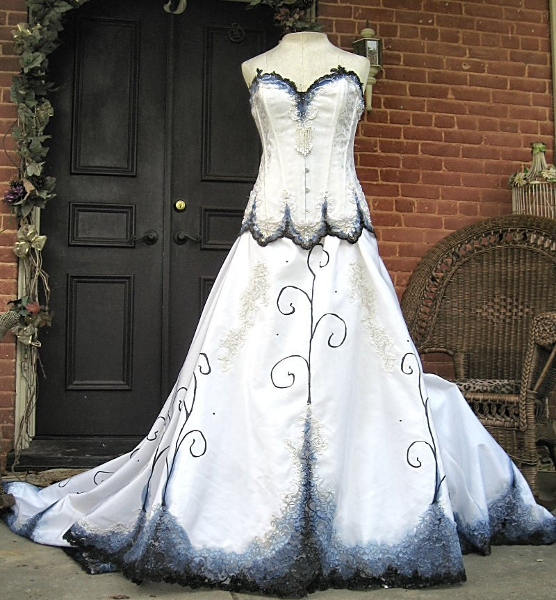 Gothic Wedding Gown: Custom Hand Painted Gothic Wedding Gown