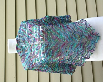 Lace shawl, Triangular, Bamboo, Handpainted yarn, Sparks of Opal