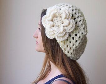 Crochet PATTERN, woman slouchy hat,  granny hat, woman beret, flower hat, women hat with flower, DIY tutorial, PDF