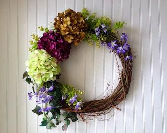 Summer hydrangea wreath. wreath for summer. wreath for door. summer door wreath.