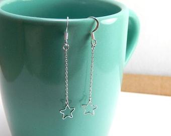 Silver star dangle earrings, silver earrings, hanging star earrings, tinny star earrings, everyday earrings, silver star, star jewelry 301