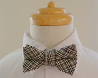 Khaki and black checkered  cotton baby bowtie/ boys bowtie / children's bowtie