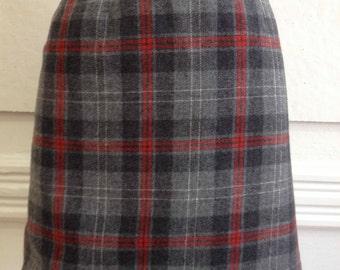 """Vintage Pendleton Red/Grey Plaid Wool Mini Skirt /34"""" waist"""