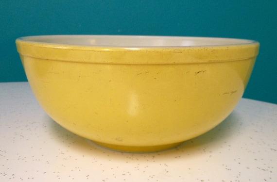 Vintage Yellow Pyrex Mixing Bowl by ShipyardMillies on Etsy