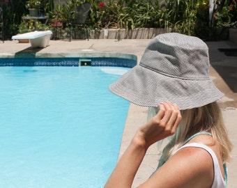 Women's Wide Brim Sun Hat in Navy Denim Stripe