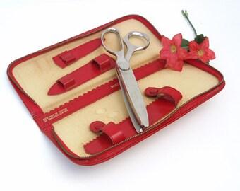 Vintage Sewing Scissors, Wiss Pinking Shears, Zig Zag Scissors, Red Zipper Case, Seamstress Tool