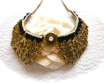 Antique Brass Lace Filigree Necklace, Antique Brass Lace Collar Necklace, Bib Style Necklace, Statement Necklace, Romantic Gift for Her