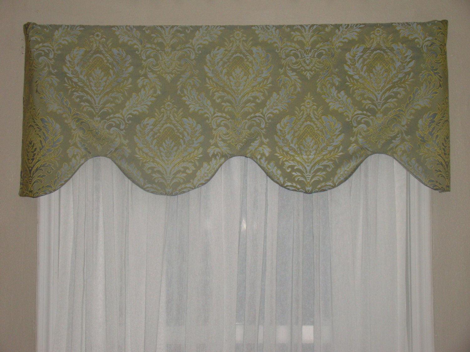 window valance shaped valance green light blue by. Black Bedroom Furniture Sets. Home Design Ideas