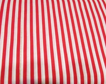 Red and White Stripe Fabric / Cotton Fabric / 1/2 yd to 8 yds / Circus Stripe / Red and White Stripe / Pirate Stripe