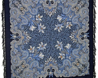 """Large 50x50""""' Russian wool shawl (002314) with wool fringes"""