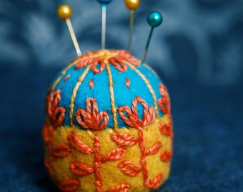 FREE SHIP Scandinavian flower bottlecap pincushion made to order