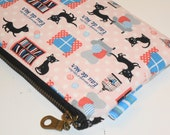 Black Kitty in the Library Padded Zippy Pouch -- Eau De Mer (Pink)